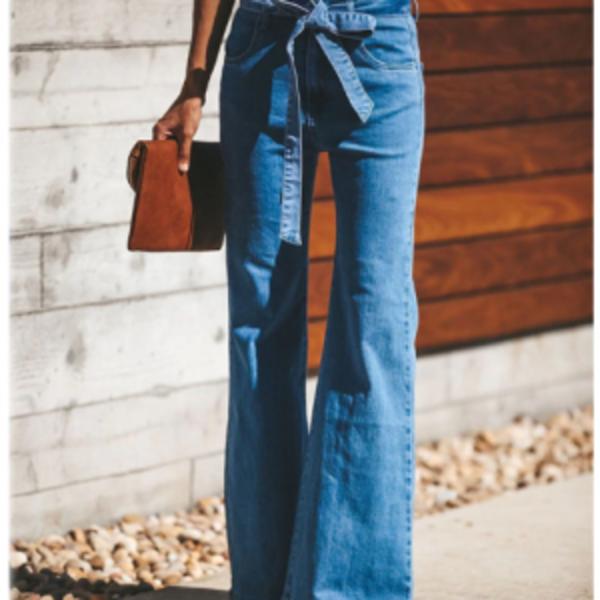 בגדי ג'ינס נשים