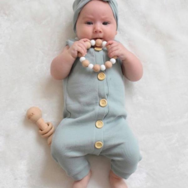 מבחר אוברולים עם סרט לתינוקות