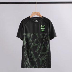 חולצות טי אנדר ארמור