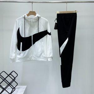 חליפות נייק גברים/נשים