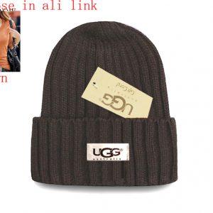 כובעי צמר UGG