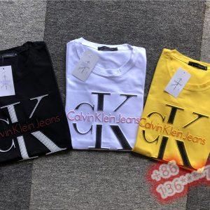 חולצות קצרות קלווין קליין
