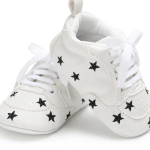חנות נעלי צעד ראשון וקטנטנים