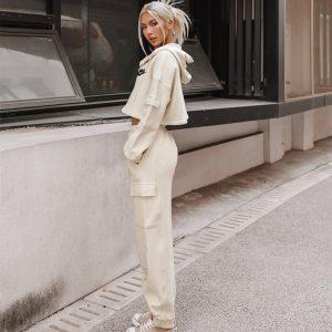 חליפות פנאי נייק נשים